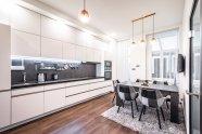 Moderní kuchyně historickém domě