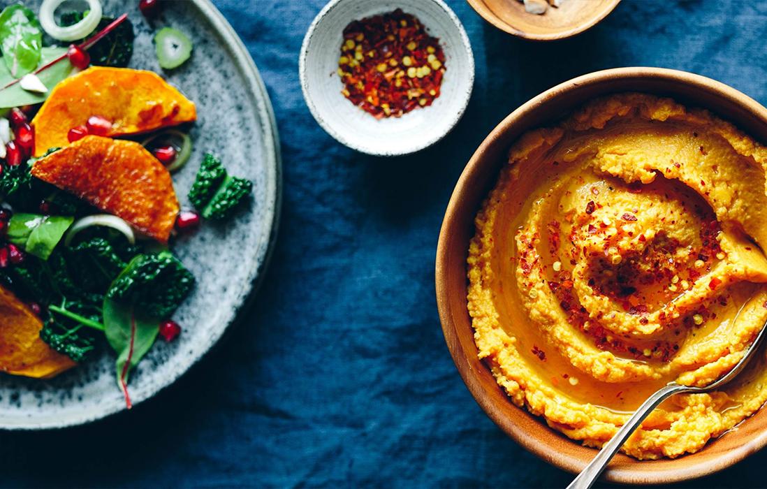 Pikantní dýňový hummus