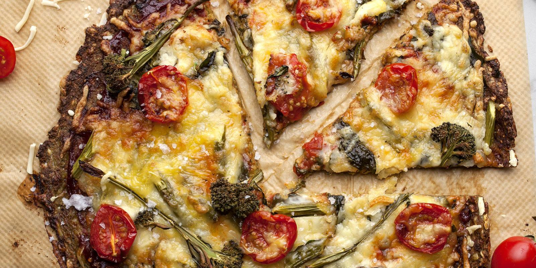 Vegánska kelový a quinoová pizza