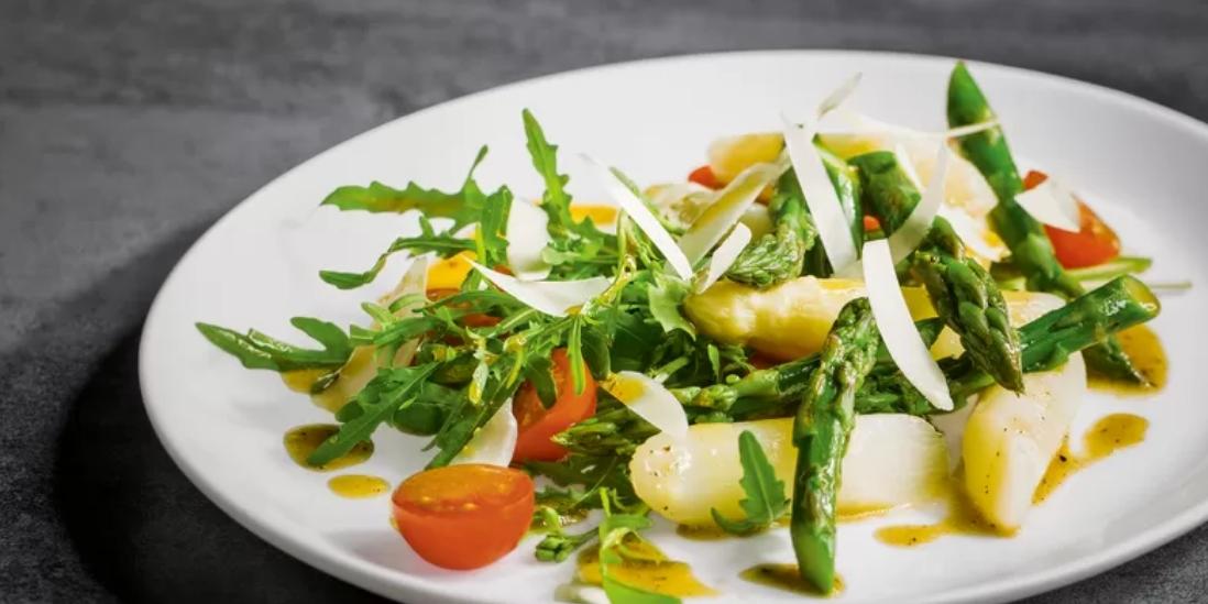 Chřestový salát